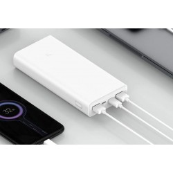 Xiaomi Mi Power Bank 3 polymère Li-ION 20000 mAh charge Nintendo Switch, ou des ordinateurs portables.